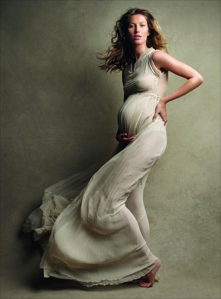 Gisele Bundchen used chiropractic her entire pregnancy